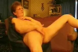 Hot granny rubbing her pussy. Amateur older women